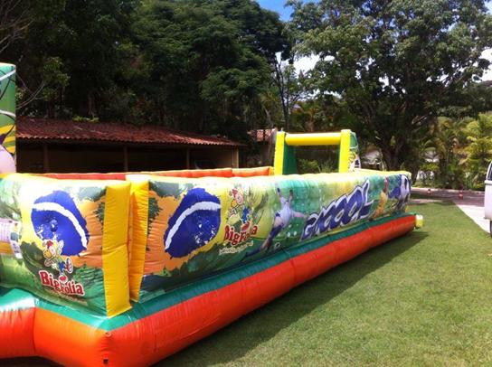 Futebol de Sabão Inflável Brasileirão